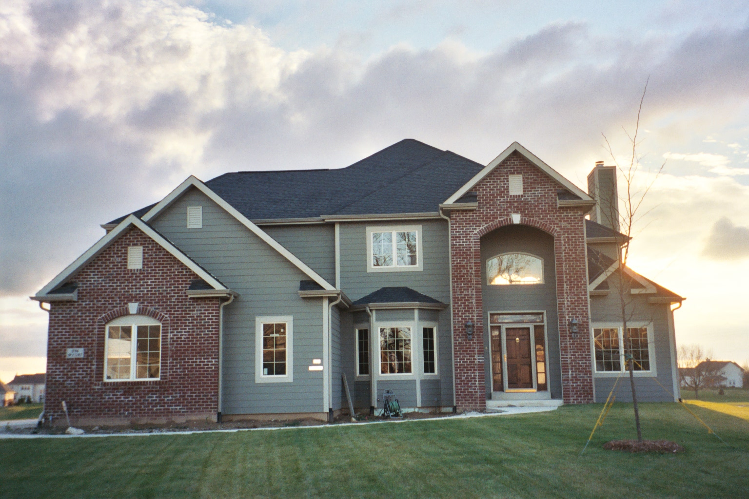 2 Story Home With Brick Entrance Anthony Thomas Builders