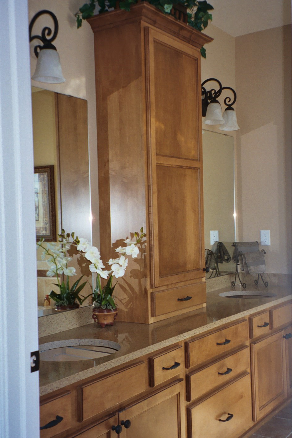 Bathroom Double Vanity And Linen Cabinet Anthony Thomas Builders Anthony Thomas Builders