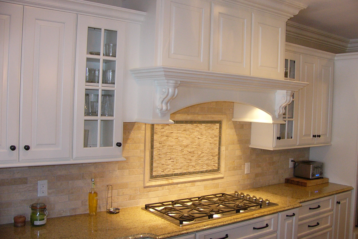 Dining Rooms, Kitchens and Foyers by Anthony Thomas Builders